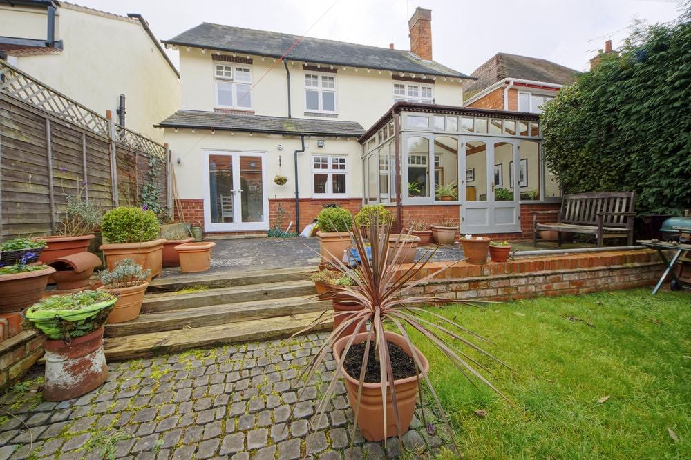 conservatories or garden sun rooms