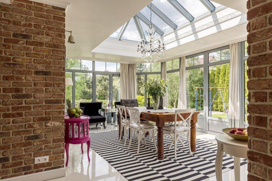 conservatories vs garden sun rooms
